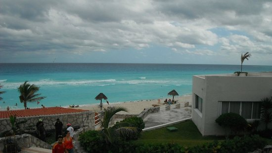 Solymar Cancun Beach Resort: Vista do quarto