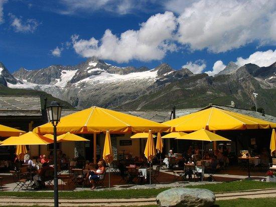 Gornergrat: The Riffelalp Resort - with the surrounding mountains