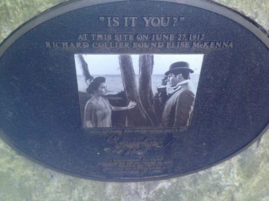 Mackinac Island, MI: Plaque on boulder!
