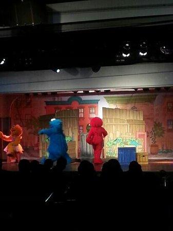 Butlins: nightime show sesame street!