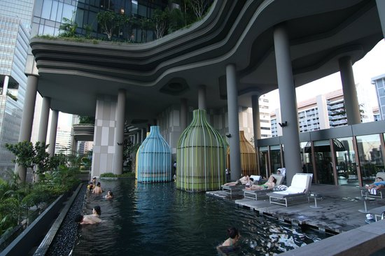 Pool picture of parkroyal on pickering singapore tripadvisor for Park royal pickering swimming pool