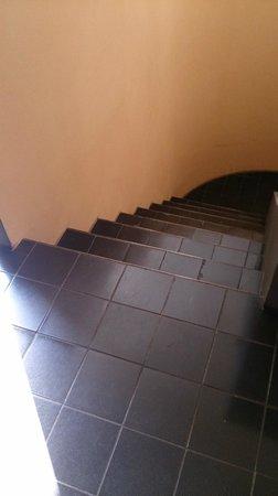 Weißenhofsiedlung: Stairs-interior-im Haus le Corbusier