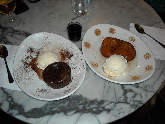 Bodega La Palma: Volcàn de chocolate con helado de vainilla y Torrija con helado de vainilla