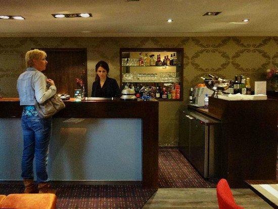 Hotel Prinsengracht: The Lobby