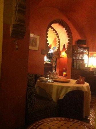 Darna Moroccan Restaurant : interior