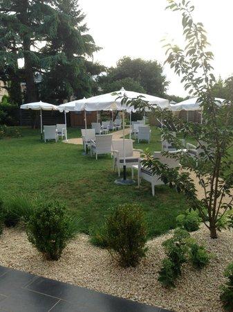 Auberge Bienvenue : Vue du jardin
