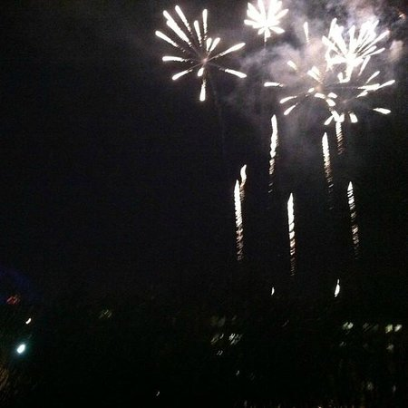 Hotel Menage : Disneyland fireworks from our room.