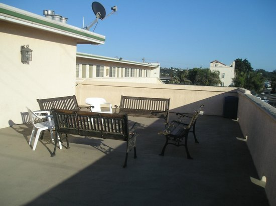 Beachwalker Inn & Suites: Balcony