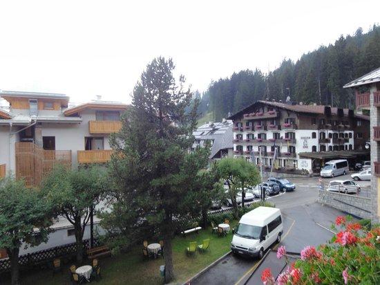 Alpina: Vista dal balcone