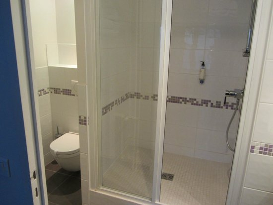 Best Western Plus Hostellerie Du Vallon : Superior Room bathroom