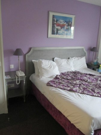 Best Western Plus Hostellerie Du Vallon : Superior bedroom 1st floor