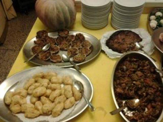 Hotel Lachea: particolari del buffet