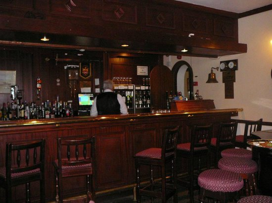 Abbeyglen Castle Hotel : Bar