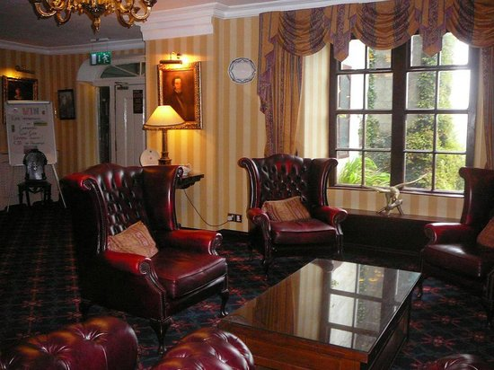 Abbeyglen Castle Hotel : Vestibule