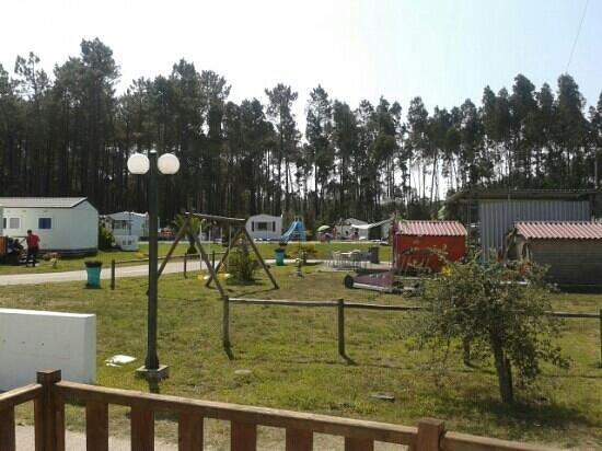 Land's Hause Bungalows: Parque para as crianças