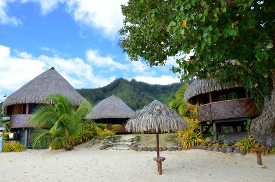 Moorea Fare Miti : Vue depuis le lagon