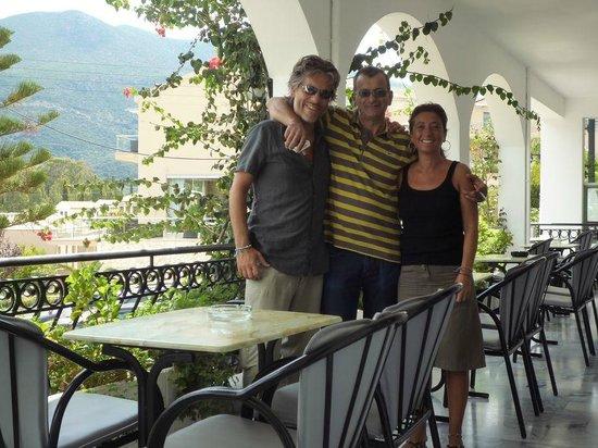 Athina Hotel: Bravissimo Makis!