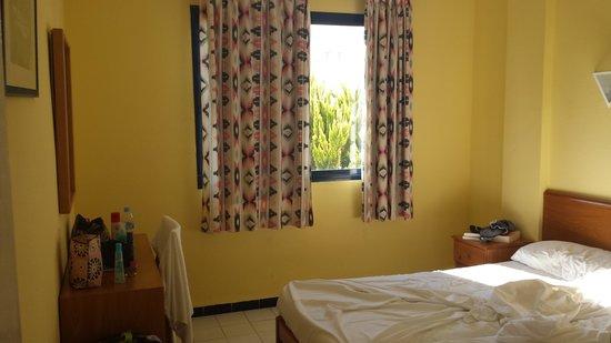Hotel Club La Noria: bedroom 2 single beds