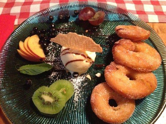 Gasthaus zum Sternen: Desert - Swiss fried apple rings