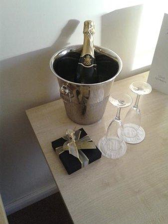 Hillgrove Hotel, Leisure & Spa: Optional treats