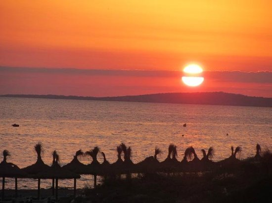 Restaurante es Pins: Stunning sunset view from Es Pins (adults only seating area)