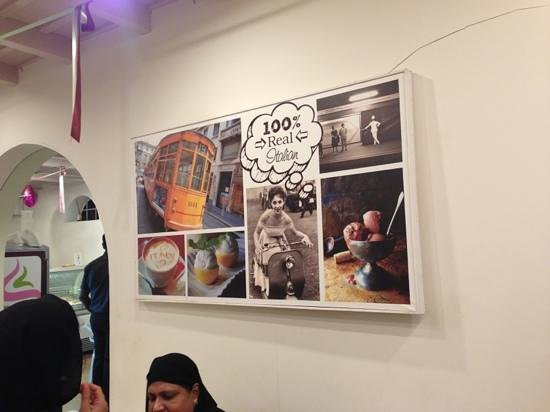 Milano Ice Cream: nice wall abstract