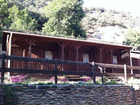 Camping La Borda del Publill: Bungalow- habitación para 2