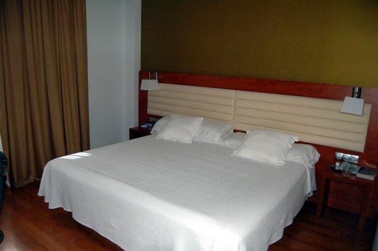 Monte Triana Hotel : Chambre