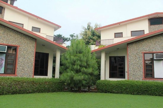 The Tiger Groove Corbett Resort: cottages