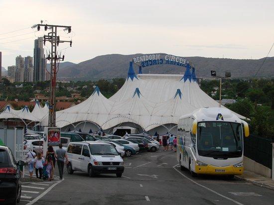 Benidorm Circus: parking