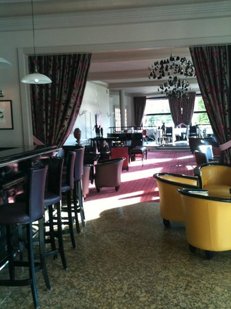Hotel Beau Rivage : Bar