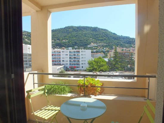 Esatitude Hotel: Балкон