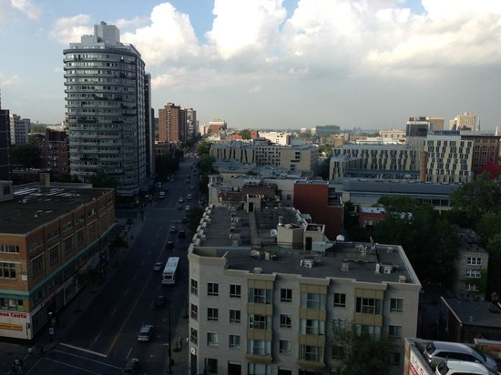 Hilton Garden Inn Montreal Centre Ville Roof Top View