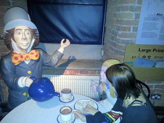 Hat Works Museum of Hatting: discussing important hatting issues with Mad Hatter etc