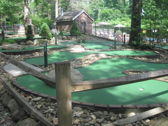 Imagination Mountain Camp-Resort: Putt-Putt