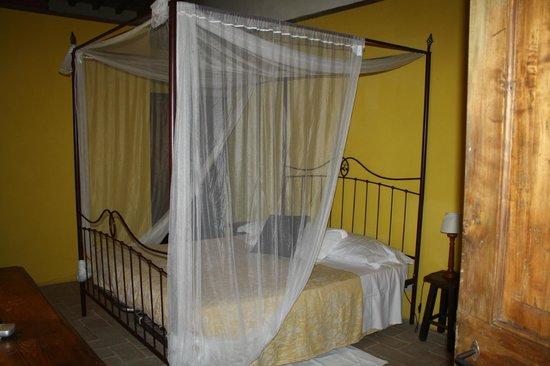 Casale Fonte Vetriana B&B: Camera Melissa