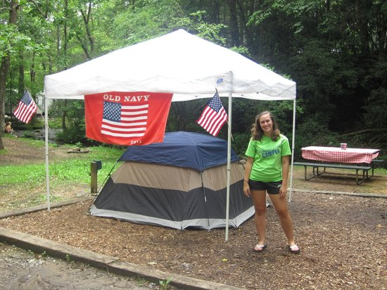 Imagination Mountain Camp-Resort : 4th of July Decoration