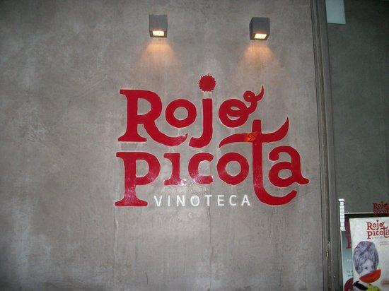 Rojo Picota: Entrada y Logotipo