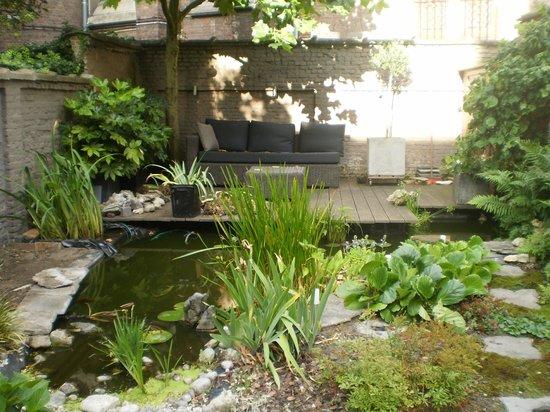 B&B Guesthouse Leman: jardin