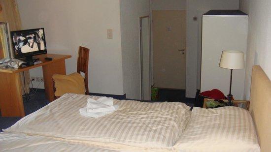 Hotel Restaurant Blume: Zimmer 2