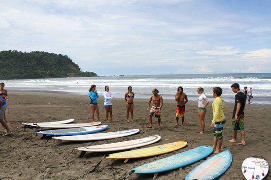 Vista Guapa Surf Camp: Surf day Instruction