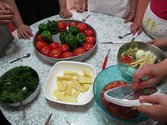 Cretan Traditional Cooking Lessons