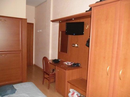 Hotel del Camerlengo: scrivania