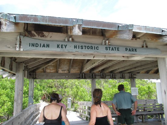 Indian Key State Historic Site : Covered area at dock