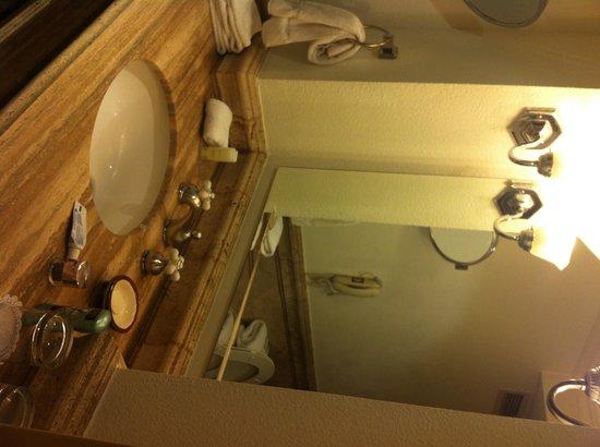 Clarion Hotel Real Tegucigalpa: Bathroom