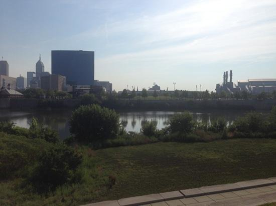White River State Park: view from zoo to downtown