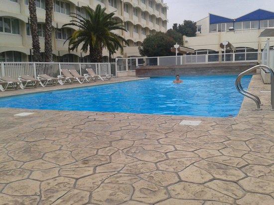 Novotel Montpellier: piscine