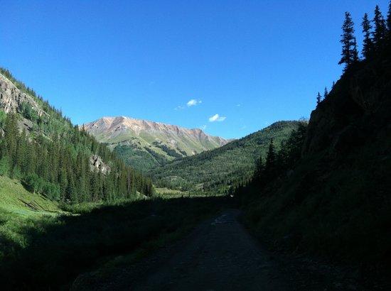 The Inn at the Lake: Alpine Loop