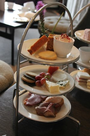 Blythswood Square: Blasad Albannach (Tasty Scotland Tea)