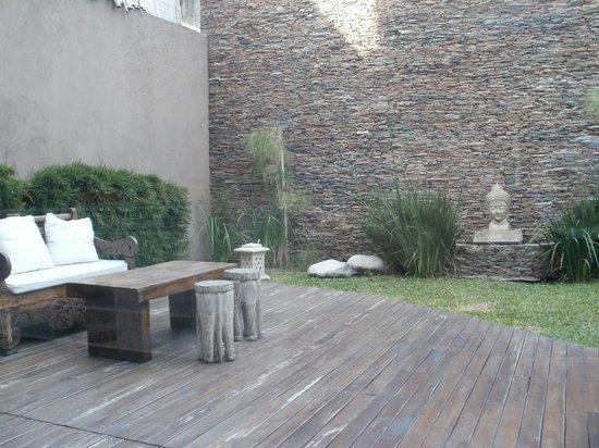 Vista del jardin desde el desayunador: fotografía de ilum ...